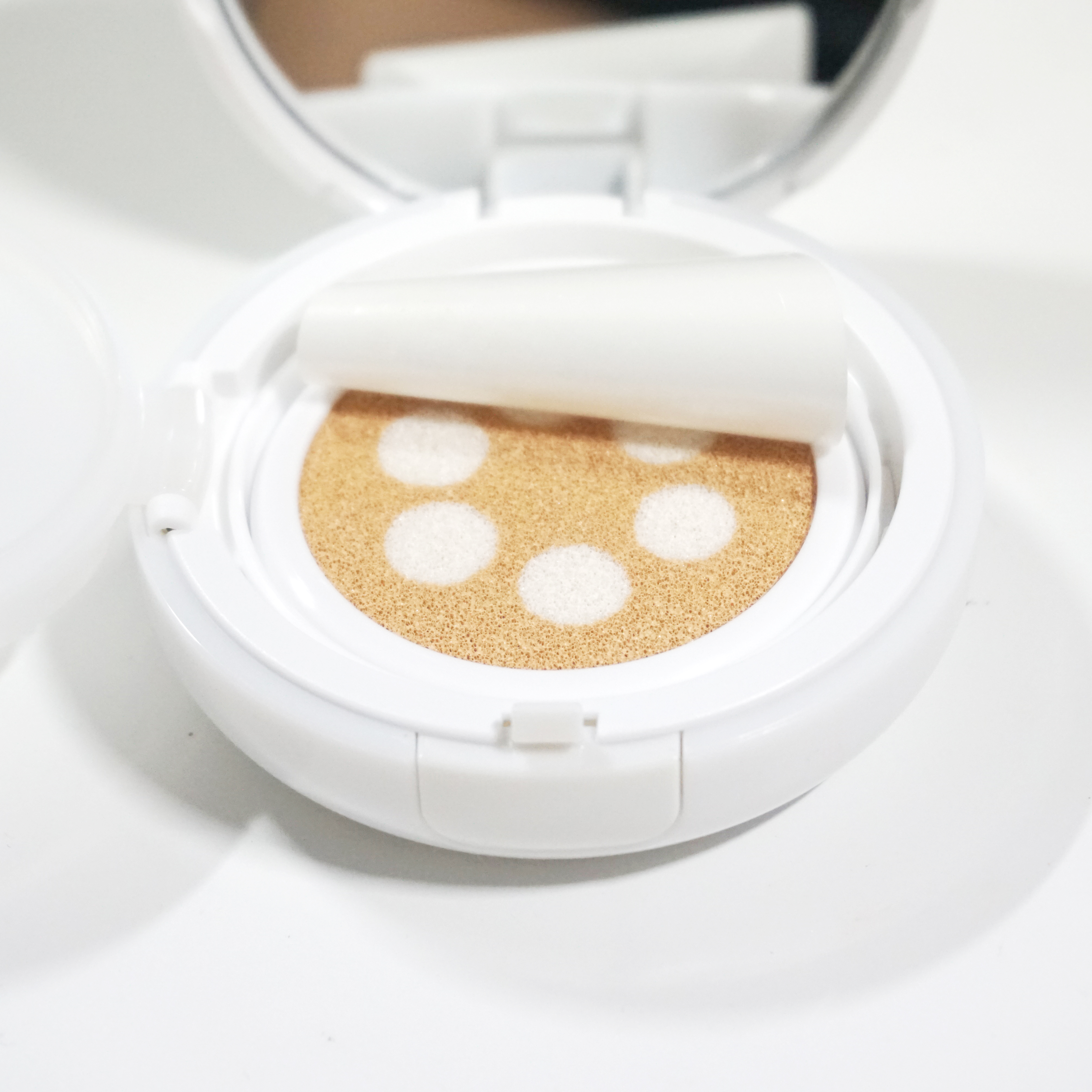ETUDE HOUSE Precious Mineral Any Cushion SPF50+ PA+++ Light Pearl Aura REVIEW