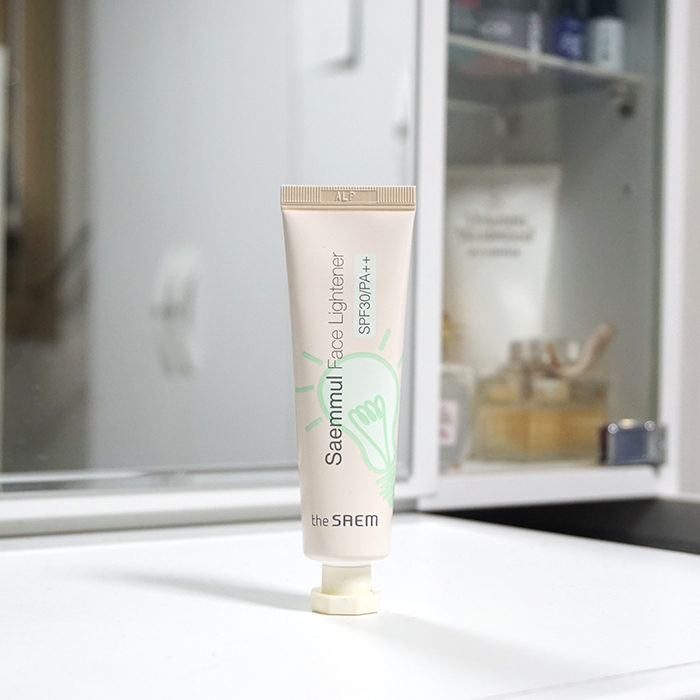 the SAEM Saemmul Face Lightener SPF30 PA++ review
