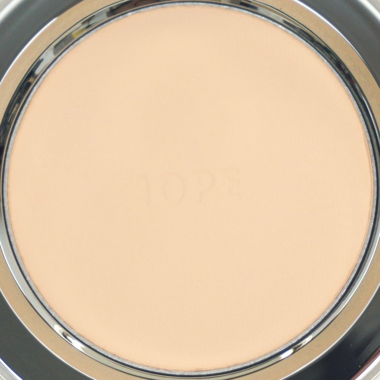 IOPE Super Vital Twin Pact review