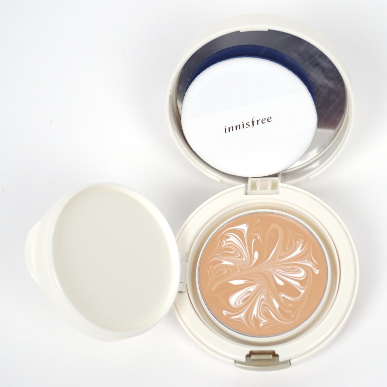 INNISFREE Melting Essence Foundation review