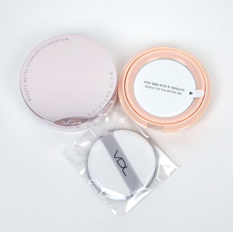 VDL Beauty Metal Cushion Foundation Moisture Glow review