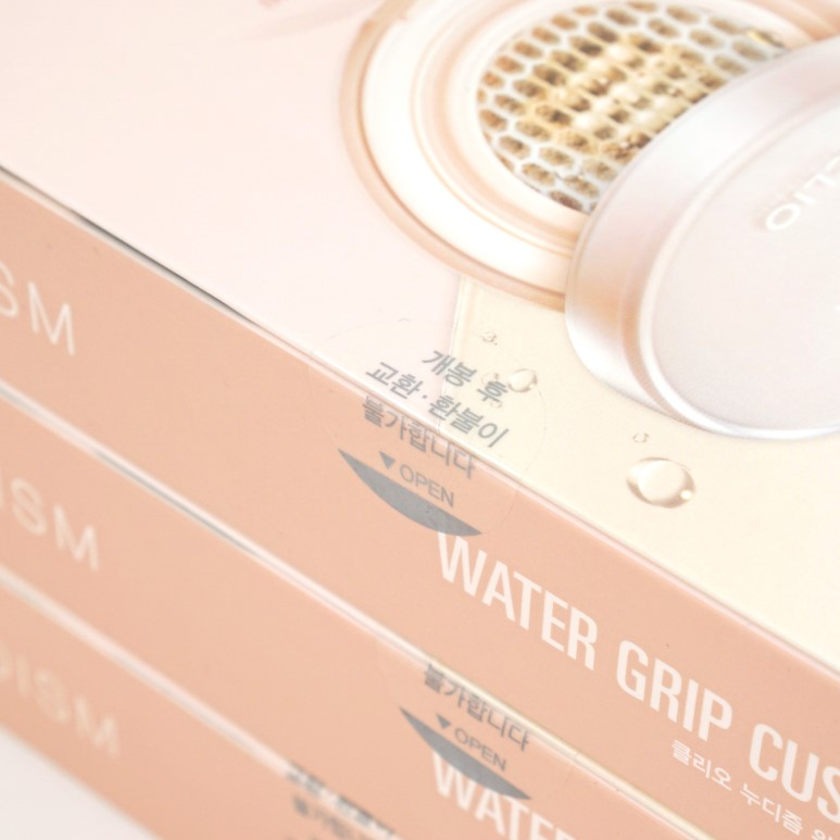 Clio Nudism Water Grip Cushion review