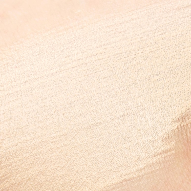 CLIO Nudism Velvet Wear Foundation Review
